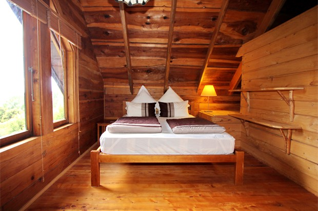 Bush Chalet - master bedroom